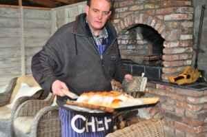 afbreekbroden komen uit de oven